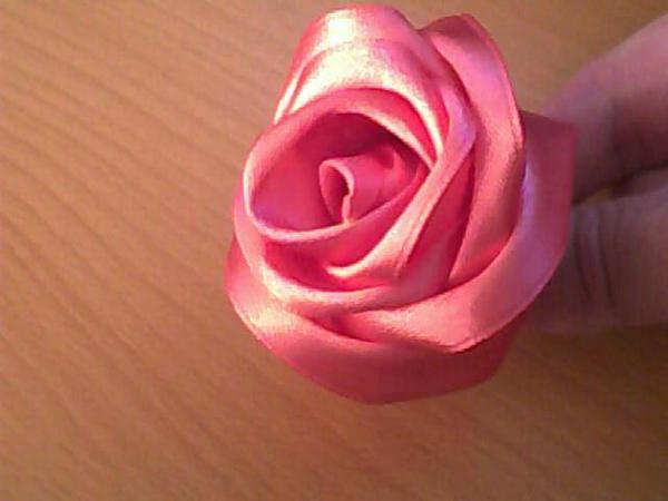 Фото розы своими руками из лент