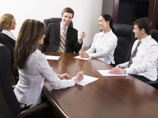 Как правильно заказать устный перевод на встречу?