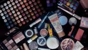Какие косметические средства пользуются спросом у женщин?